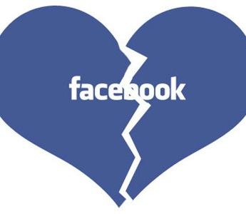 Trạng thái Facebook khi sao thất tình