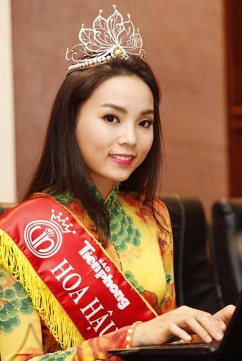 Điểm danh những sao Việt ngừng sử dụng Facebook vì áp lực dư luận