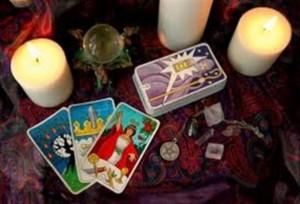 Hướng dẫn học bói bài Tarot – Tạo không gian bói bài Tarot.