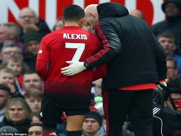 Alexis Sanchez: Đang vui thì đứt dây đàn