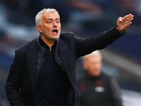 Tin bóng đá chiều 2/11: Lên nhì bảng, Mourinho vẫn đề cao cảnh giác