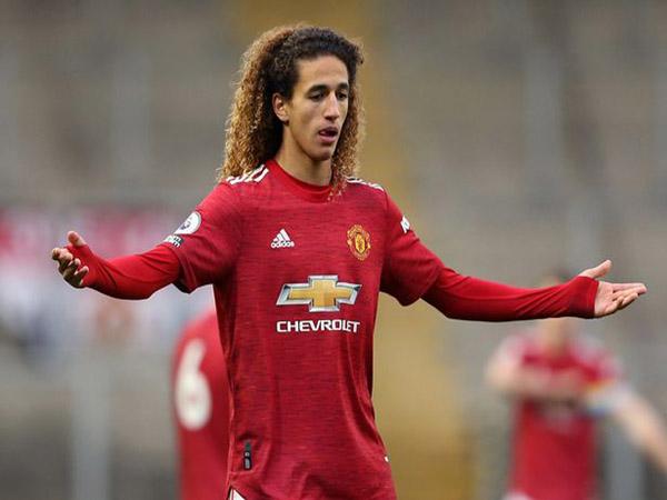 Tin BĐQT trưa 16/3 : United chính thức ký hợp đồng với 'tiểu Mbappe'