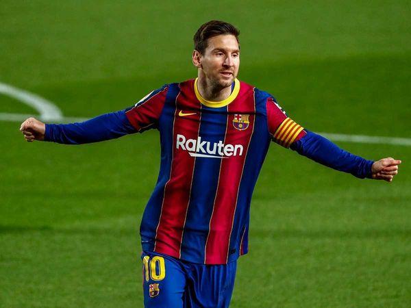 Tin bóng đá sáng 23/4: Lionel Messi sánh ngang Cristiano Ronaldo