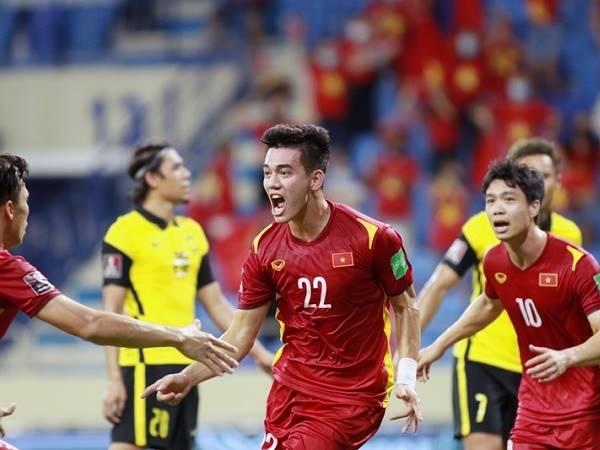 Bóng đá Việt Nam tối 15/6: Tỉ lệ ĐTVN vượt VL World Cup đã tăng lên!